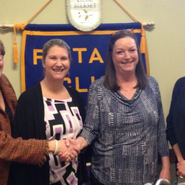 Leslie Wilkins Receives Award from Cortland Rotary Club
